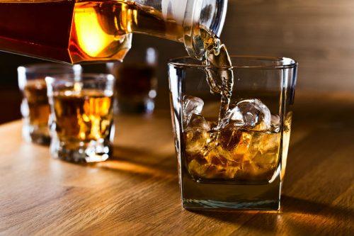 """Alcol e cancro: i produttori avrebbero """"nascosto"""" la correlazione"""