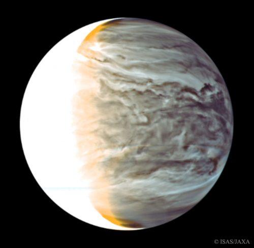 Spazio: la misteriosa velocità delle nuvole notturne di Venere