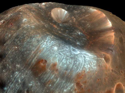 Le lune di Marte sono 'elettrizzate': rischi per le missioni del futuro