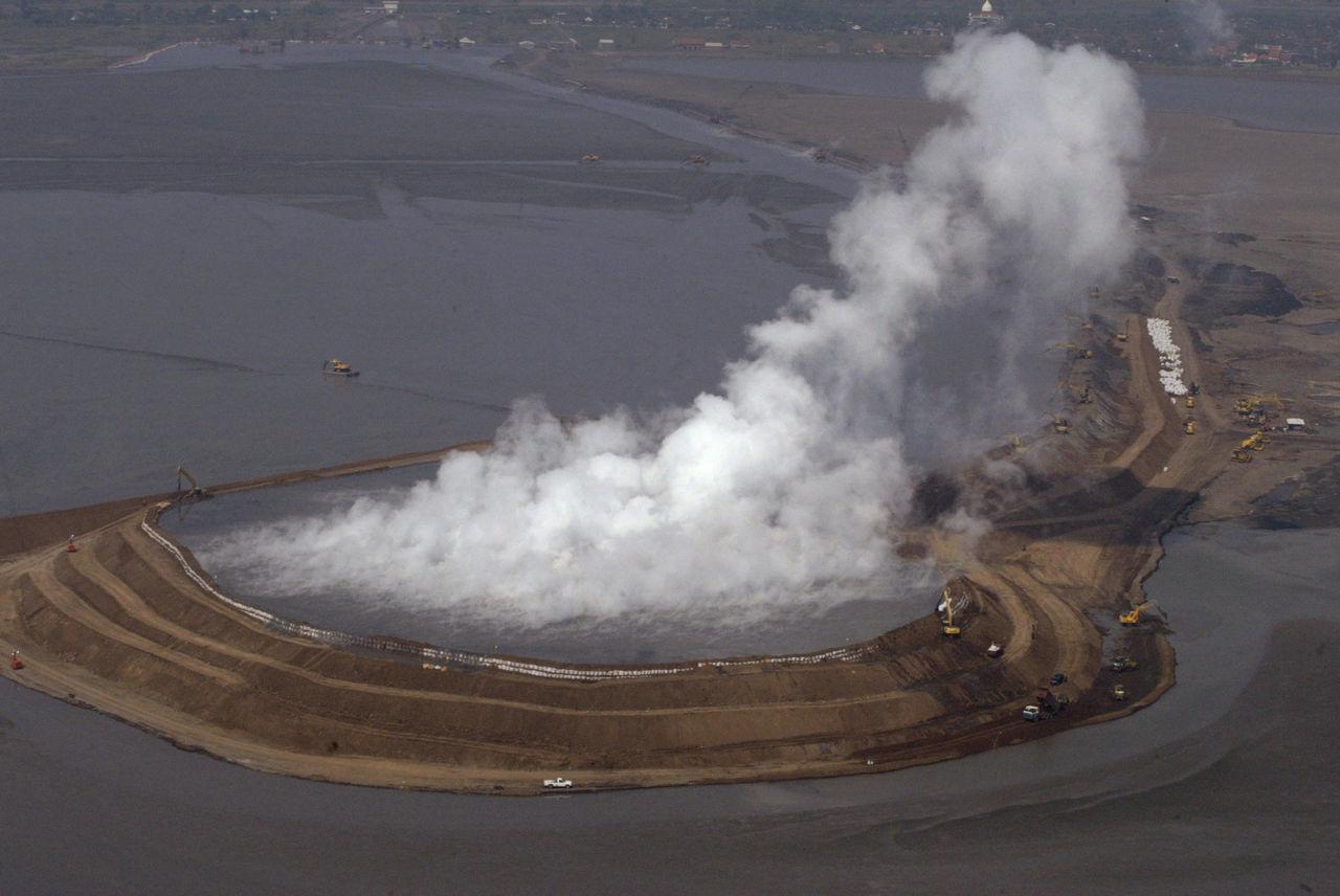 Scoperta l'origine di Lusi, il vulcano di fango più potente al mondo