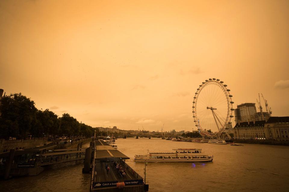 Uragano Ophelia: in Gran Bretagna il cielo si tinge di arancione