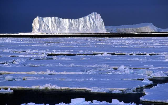Antartide: una fonte di calore sotterranea sta sciogliendo i ghiacci
