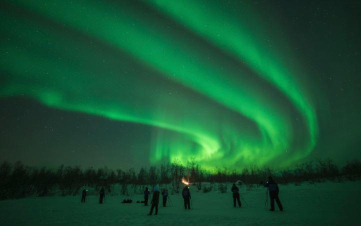 Tempesta magnetica di Capodanno, previste aurore ai poli