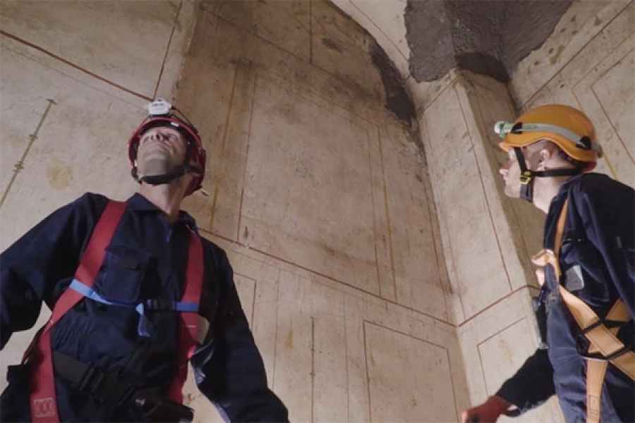 Roma, scoperta la Villa di Traiano, si accede da un tombino