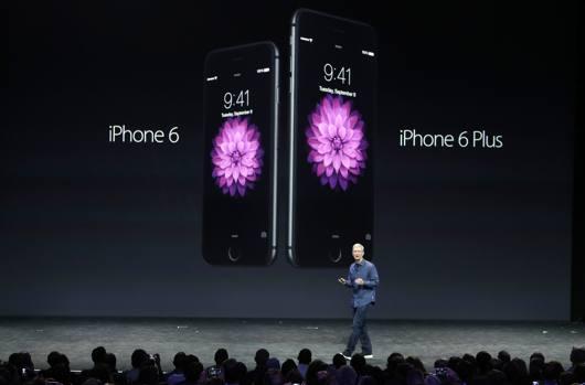 E' giunta l'ora dell'iPhone 6: svelate immagini e dettagli