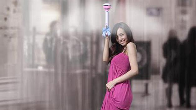 Arriva l'ombrello invisibile: il suo funzionamento è geniale