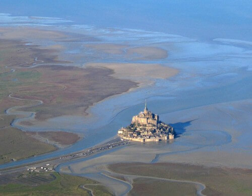 Marea del secolo in Francia: lo straordinario video da Mont Saint Michel