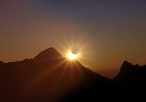 Eclissi parziale di Sole Italia 20 Marzo 2015, straordinario spettacolo in arrivo, orari ed info