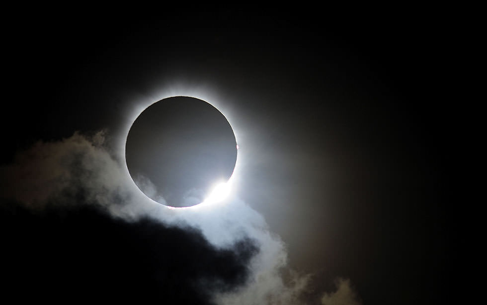 Eclissi solare in arrivo: sarà uno spettacolo imperdibile, orario, informazioni e previsioni meteo