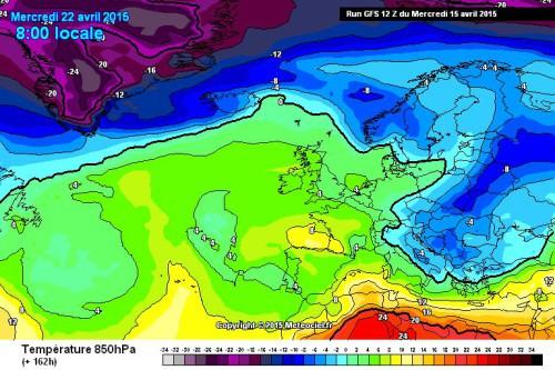 Freddo in arrivo: nel fine settimana cambio circolatorio, tornano neve e temporali