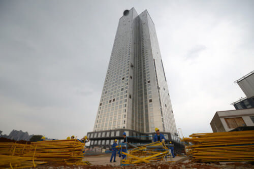 Costruito grattacielo di 57 piani in 19 giorni in Cina