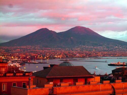 Terremoto registrato sul Vesuvio, le dichiarazioni ufficiali di INGV