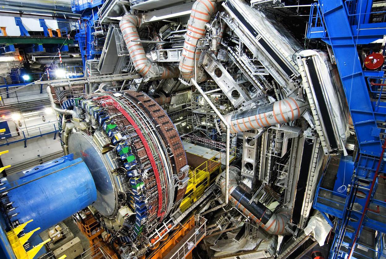 CERN: scoperta storica, ufficializzata la presenza dei neutrini mutanti Tau