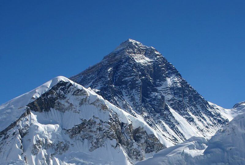 Il terremoto in Nepal ha spostato la cima dell'Everest di 3 centimetri