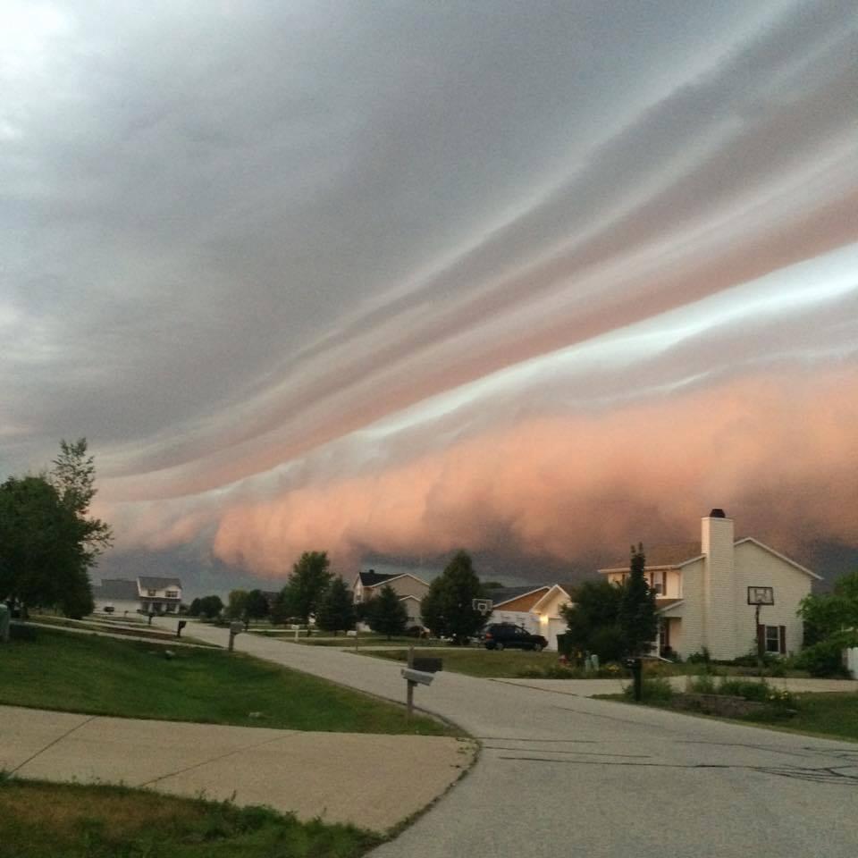 Supercelle negli Stati Uniti, temporale pauroso nel Wisconsin, le foto