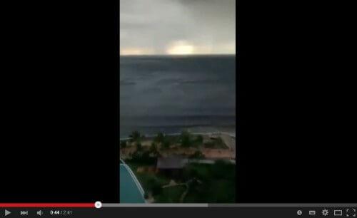 Il mare si ritira di decine di metri a Puerto Vallarta, Messico: il video
