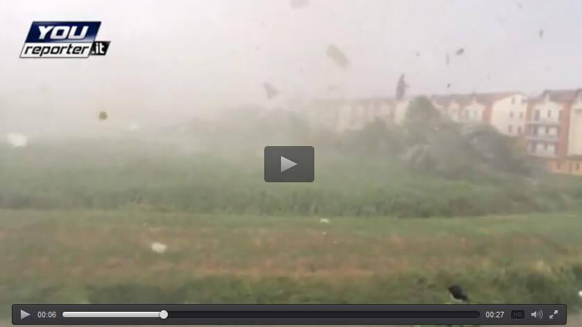 Tornado nel Veneziano, il vortice genera una violenta esplosione