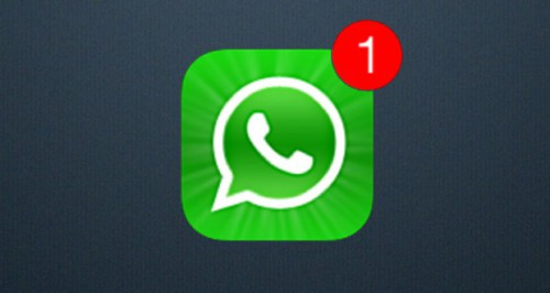 WhatsApp evolve e segue lo stile di Facebook