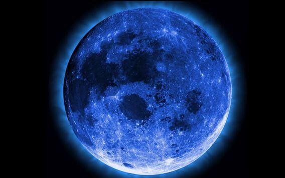 Luna Blu: occhi al cielo per un evento che accade solo ogni tre anni