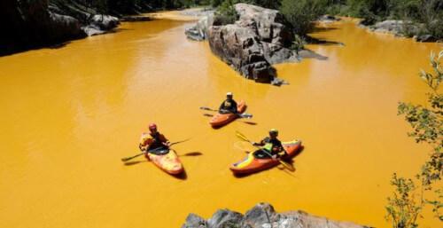 Acqua del fiume Animas diventa gialla, stupore in Colorado