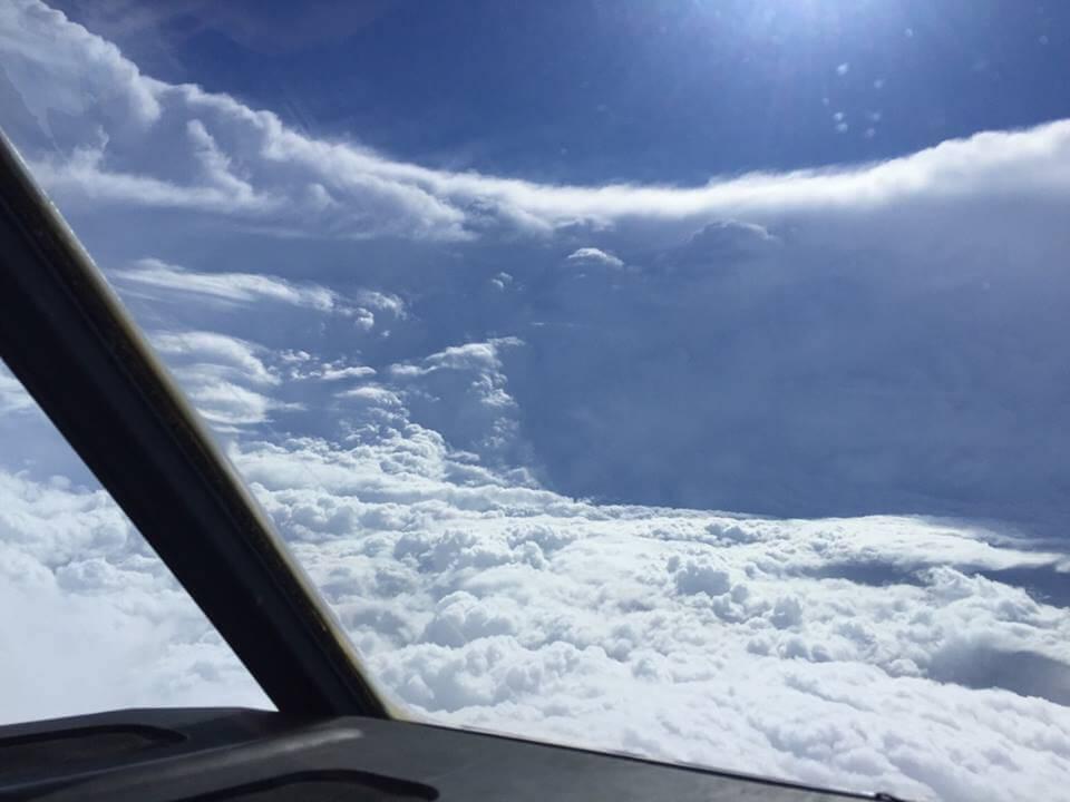 Uragano Ignacio: sensazionale scatto eseguito all'interno dell'occhio