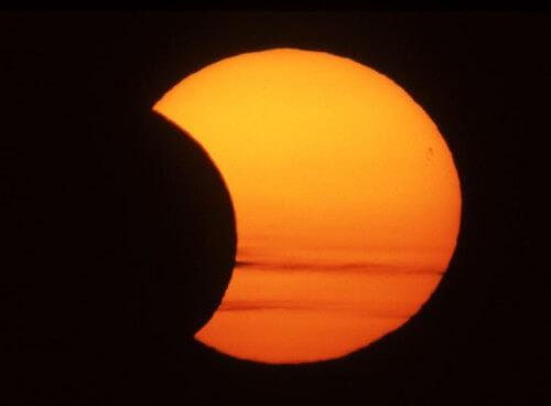 Eclissi di Sole 13 Settembre: la nostra stella sarà oscurata in modo parziale tra Africa e Antartide