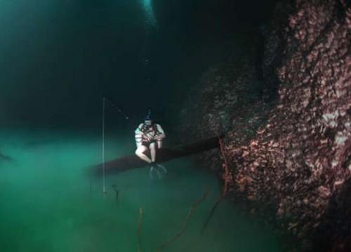 Yucatan: fiume sottomarino scoperto da un fotografo