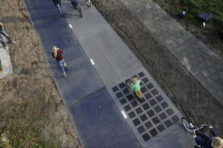 Olanda: creata la prima pista ciclabile solare
