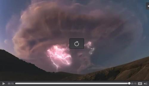 Patagonia, eruzione del Calbuco con fulmini vulcanici