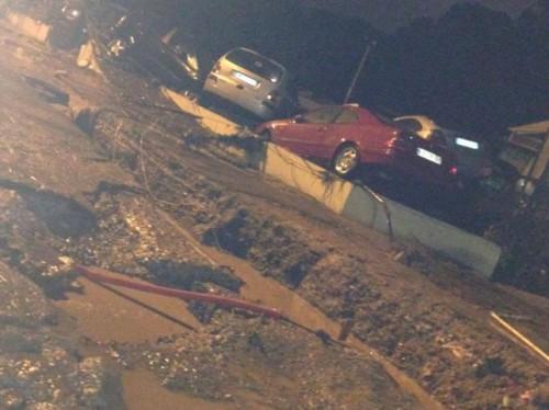 Alluvione Lazio, bilancio di tre vittime, esondano affluenti dell'Aniene, gente sui tetti