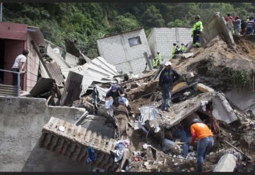Frana Guatemala: catastrofica situazione si temono oltre 1000 vittime