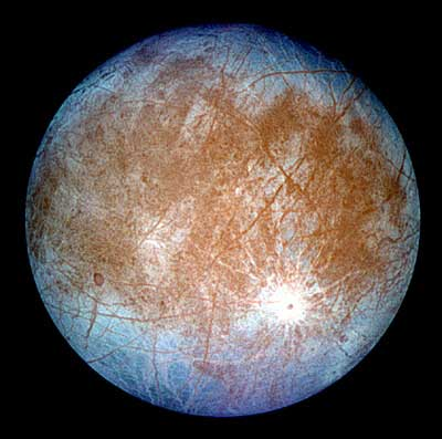 Sonda Cassini: su Titano, il satellite più grande di Saturno, il clima è cambiato