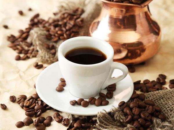 Bere caffè fa bene e aumenta l'aspettativa di vita