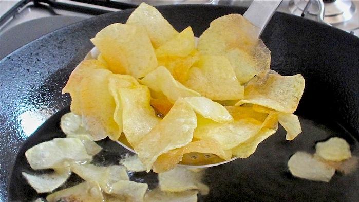 Frittura: con olio di semi aumenta il rischio cancro