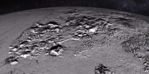 Nuova scoperta di New Horizons: montagne ghiacciate su Plutone