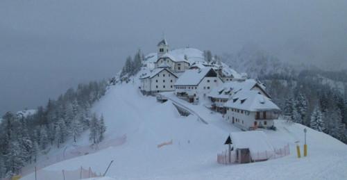 Neve in arrivo: abbondanti accumuli sulle Alpi, fiocchi a quote basse?