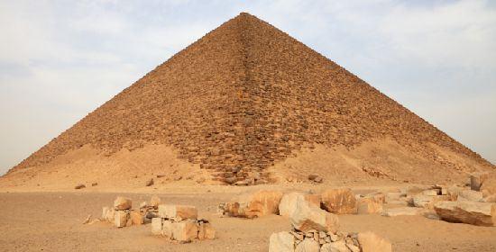 Piramidi, una nuova ipotesi sulla costruzione