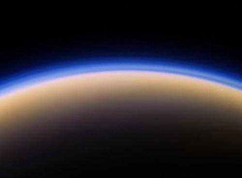 Titano, le impressionanti nuvole invernali del satellite di Saturno