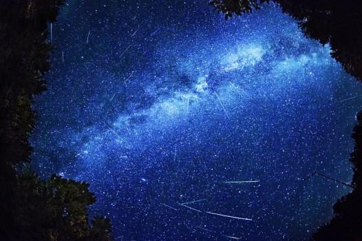 Cielo dicembre 2015: stelle cadenti, congiunzioni astrali, meteore spettacolari