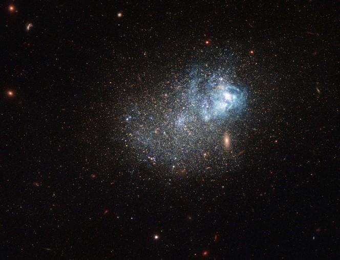 Galassie giovanissime immerse nella materia oscura