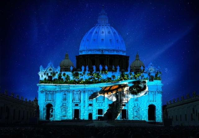 Fiat Lux: immagini della Natura proiettate sulle mura del Vaticano