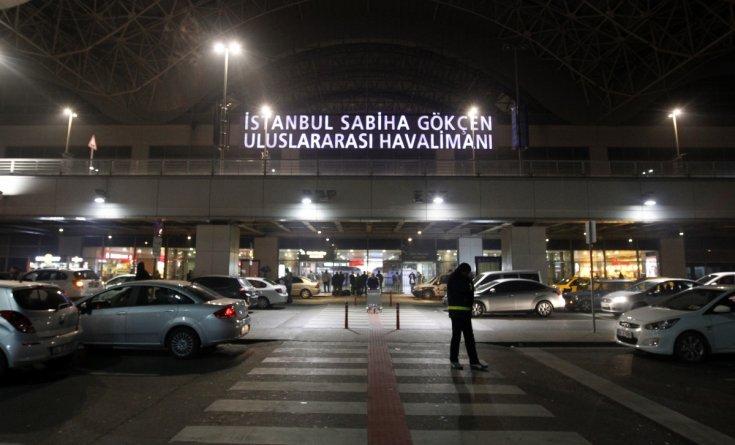 Istanbul: esplosione all'aeroporto: un morto ed un ferito