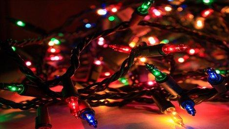 Wi Fi lento:  le luci di Natale tra le possibili cause