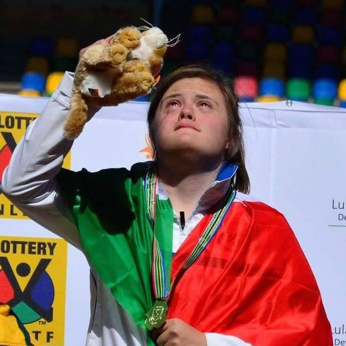 Nicole Orlando, atleta con sindrome di down fa la storia: ma non ne parla nessuno, troppo importante il GF?