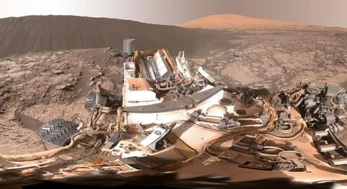 Marte, Curiosity invia la prima foto di una duna