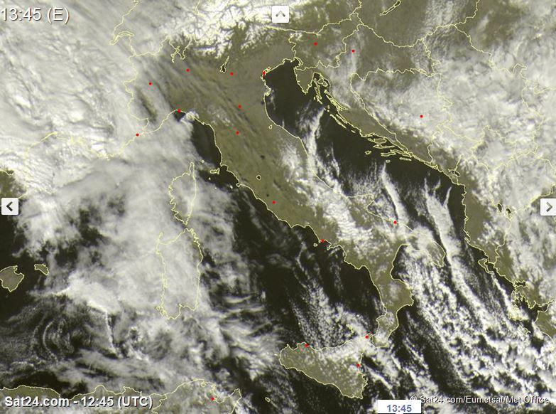 Satellite live: avanza da ovest una perturbazione atlantica