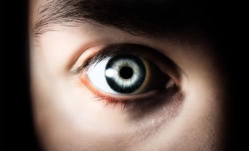Trapianto di cornea, in arrivo nuova tecnica laser