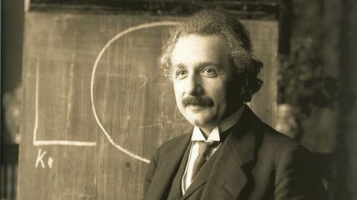Onde gravitazionali, l'incredibile previsione di Albert Einstein