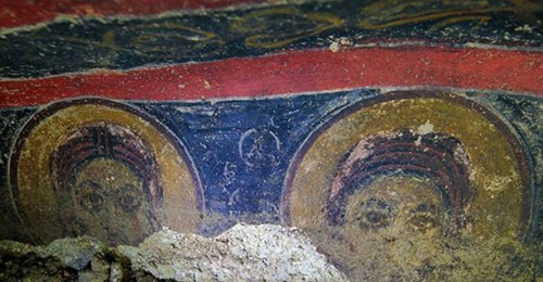 Gesù che combatte le anime cattive: i sorprendenti affreschi in una chiesa in Turchia