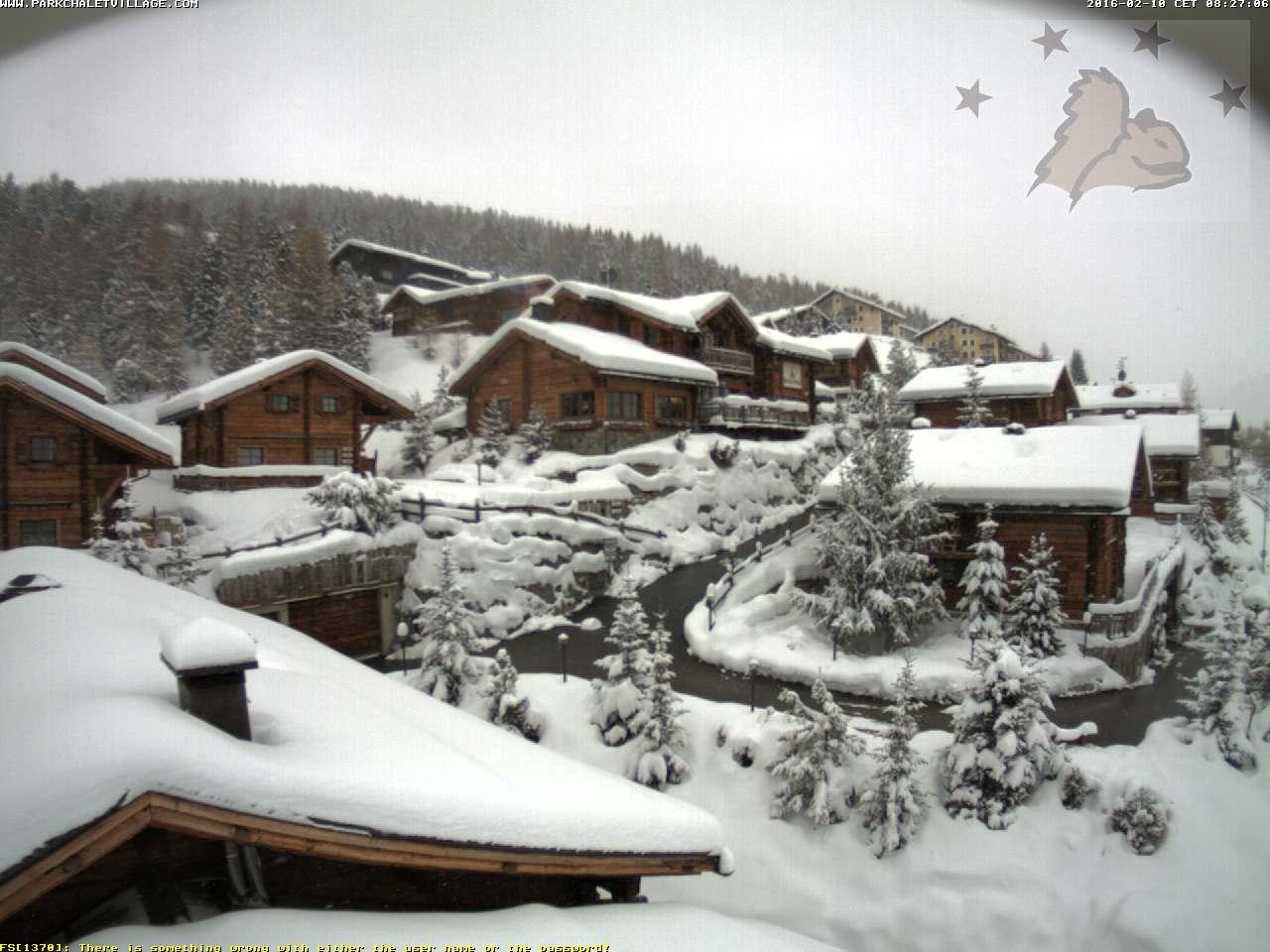 Alpi sommerse dalla neve, accumuli vicini al metro